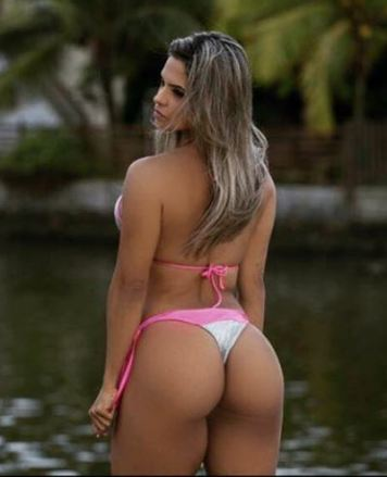 Aline Barreto 042