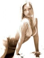 Carol Belli 070