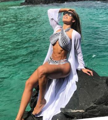 Alessandra Batista 026
