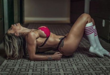 Alessandra Batista 042