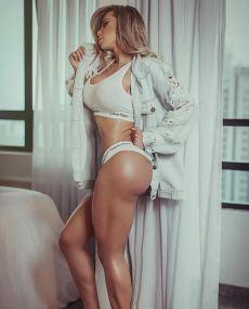 Alessandra Batista 068