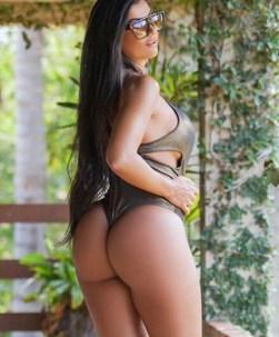 Camila Campos 001