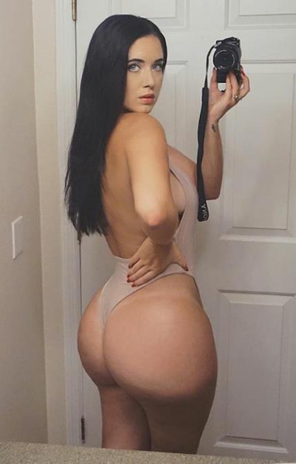 Holly Luyah 025 b