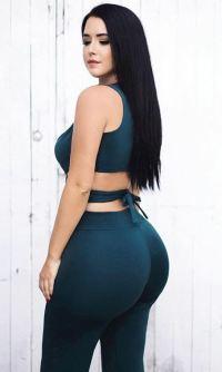 Holly Luyah 046