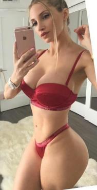 Amanda Elise Lee 023