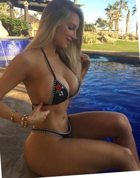 Amanda Elise Lee 028