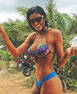 Mariana Borges 004