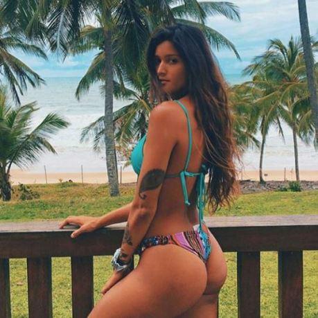 Mariana Borges 066