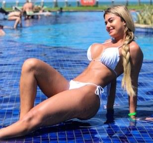 Amanda França 011