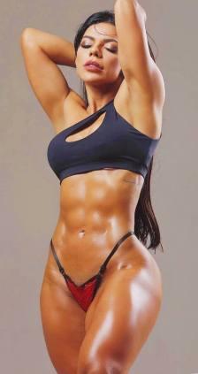 Suzy Cortez 050