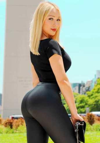 Daniella Chavez 026