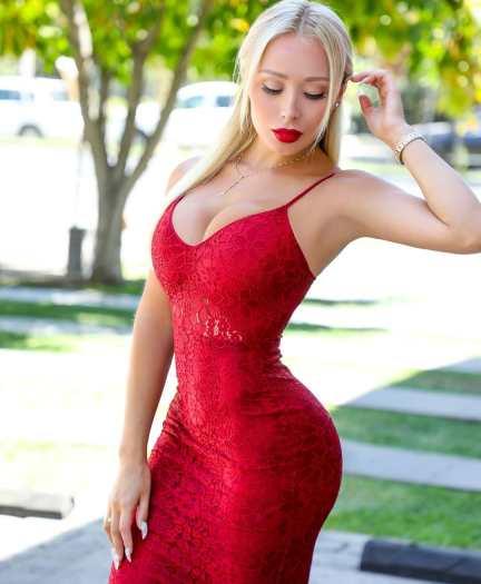 Daniella Chavez 093