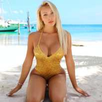 Daniella Chavez 094