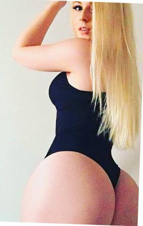 Lindsey Capuano 051