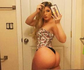 Lindsey Capuano 067