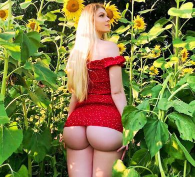 Lindsey Capuano 074