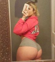 Lindsey Capuano 099